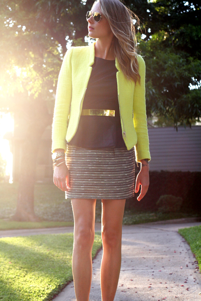 gorgeous neon night outfits 11