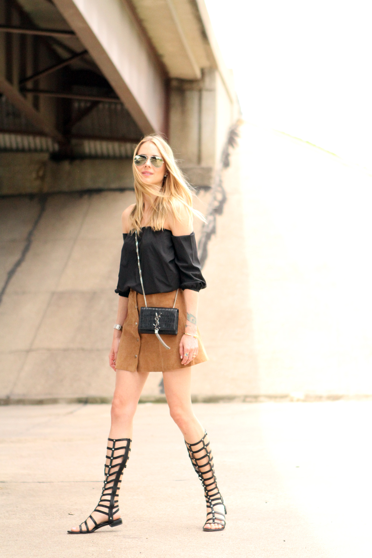 topshop tan suede mini skirt, black off the shoulder top, stuart weitzman black gladiator sandals