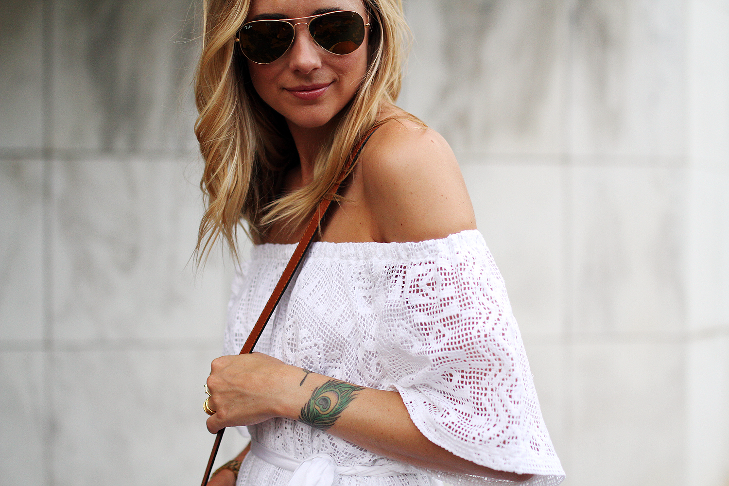 fashion-jackson-banana-republic-white-lace-off-the-shoulder-dress-ray-ban-gold-aviator-sunglasses
