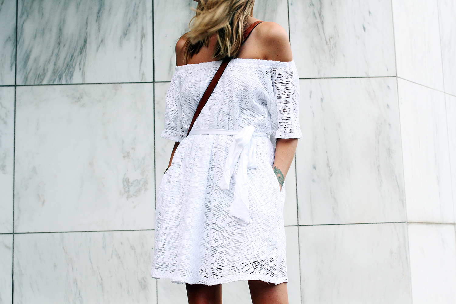 fashion-jackson-banana-republic-white-lace-off-the-shoulder-dress