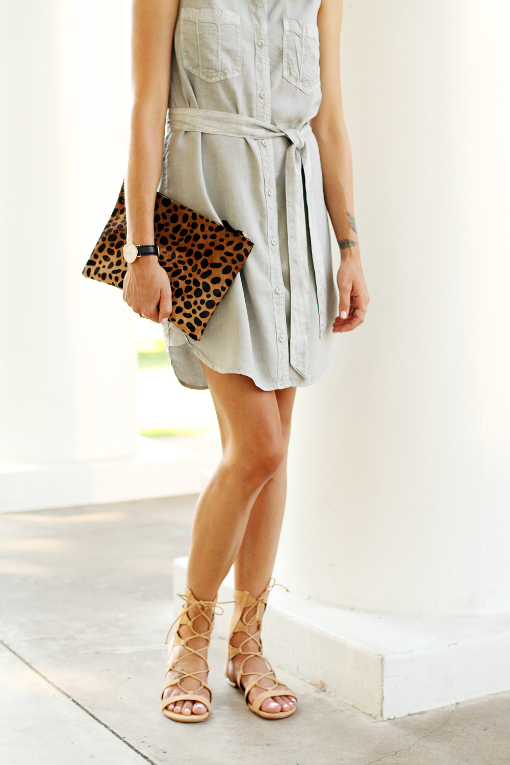 fashion-jackson-clare-v-leopard-clutch-sleeveless-tencel-shirt-dress-schutz-lina-lace-up-gladiators