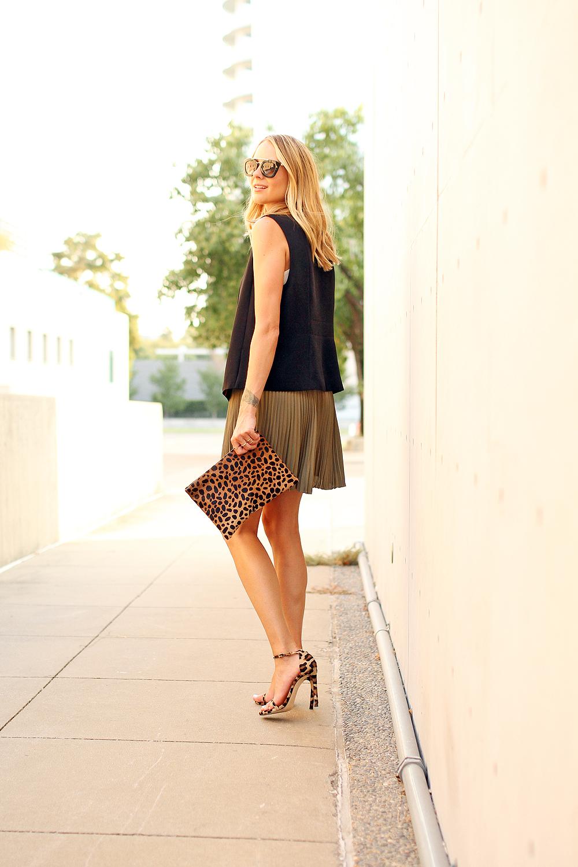 fashion-jackson-stuart-weitzman-leopard-heels-banana-republic-olive-solf-pleated-skirt-black-vest