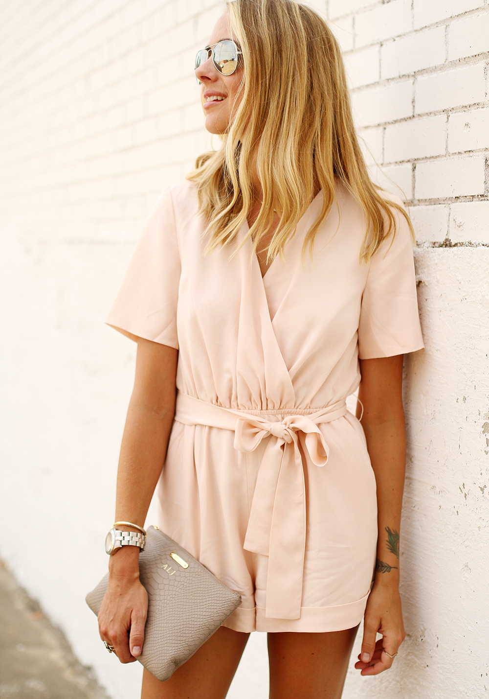 fashion-jackson-finders-keepers-pink-rewind-playsuit-romper-gigi-new-york-clutch-ray-ban-aviator-sunglasses