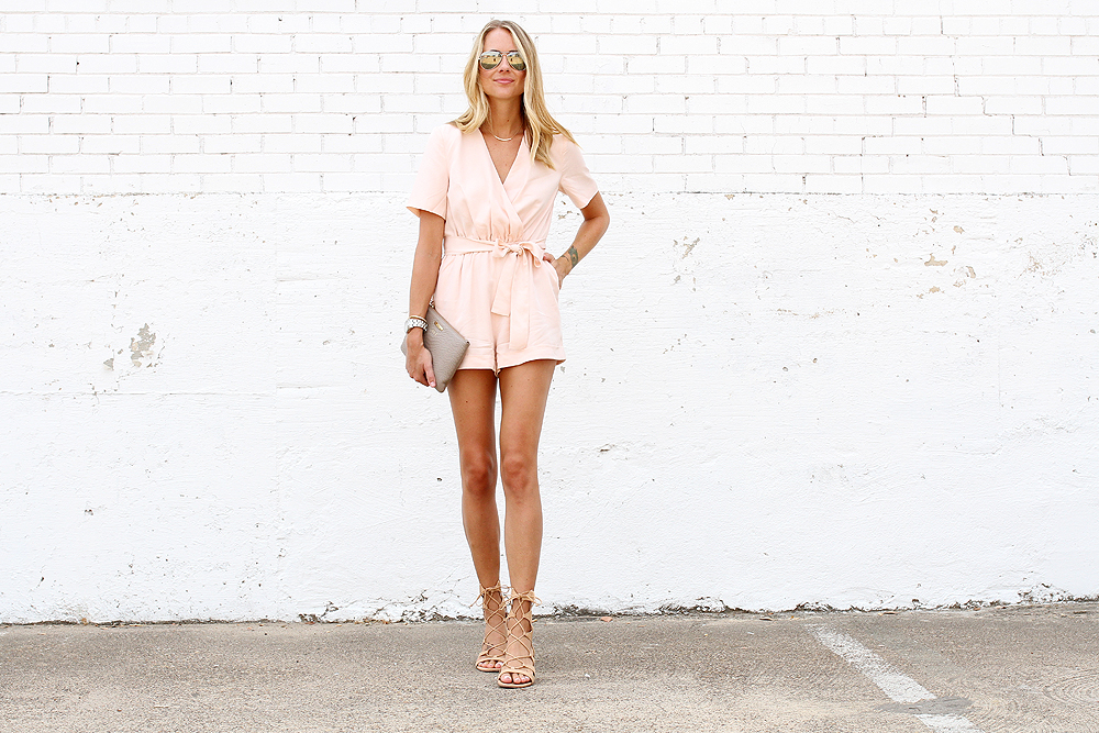 fashion-jackson-finders-keepers-rewind-pink-playsuit-romper-schutz-gladiator-lace-up-sandals-ray-ban-aviator-sunglasses-gigi-new-york-clutch