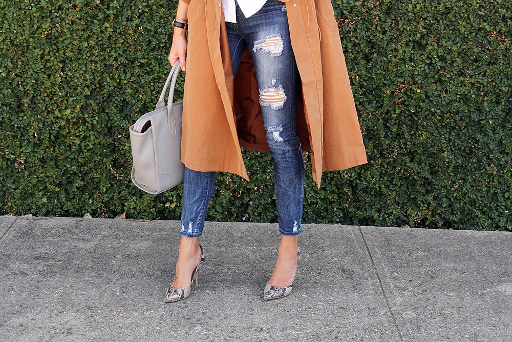 fashion-jackson-ripped-skinny-jeans-snake-print-pumps