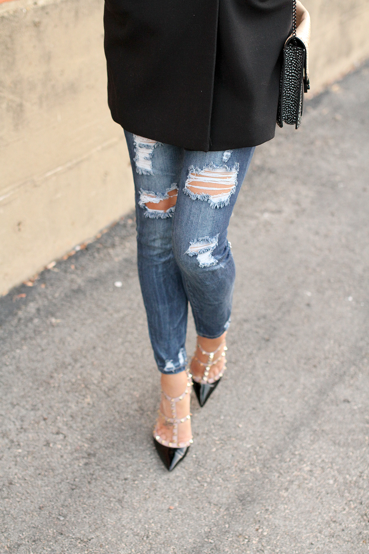 fashion-jackson-ripped-skinny-jeans-valentino-rockstuds