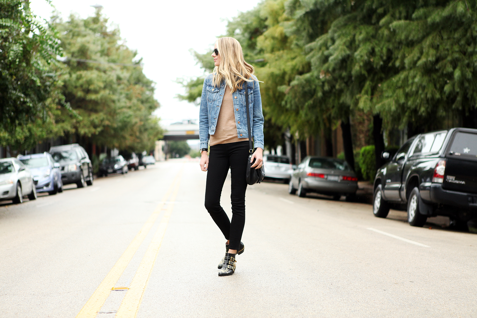 fashion-jackson-black-skinny-jeans-denim-jacket-tan-sweater-chloe-susanna-booties