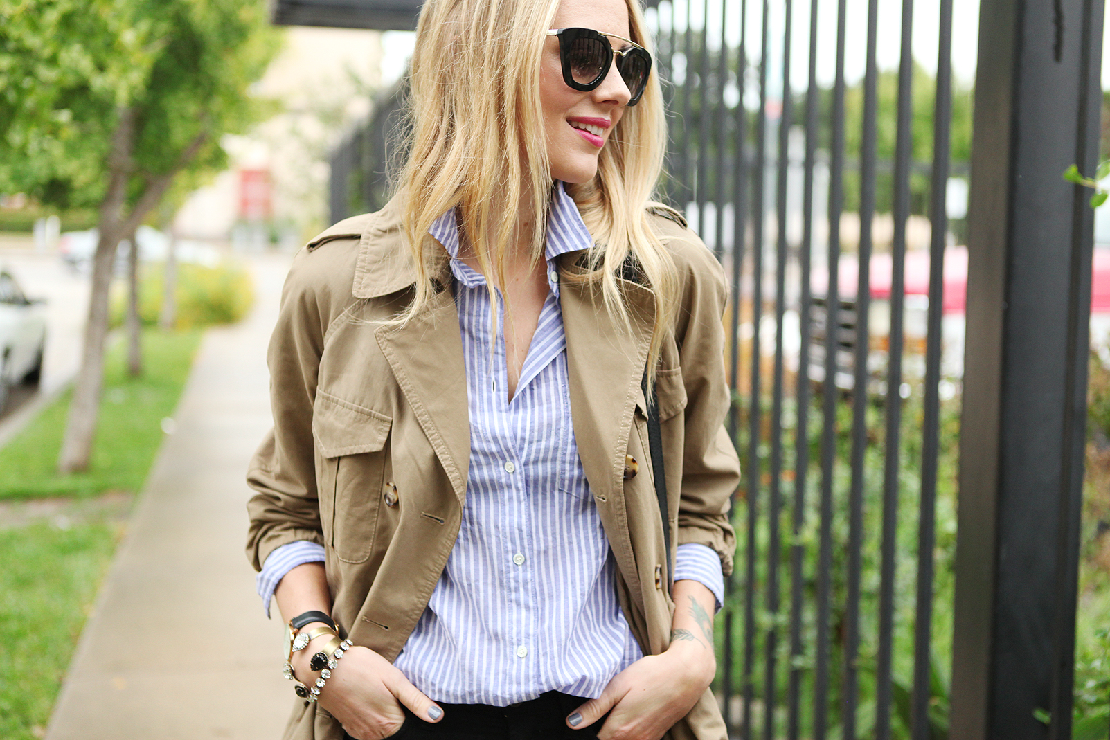 fashion-jackson-blue-white-stripe-shirt-cargo-swing-trench-prada-retro-sunglasses