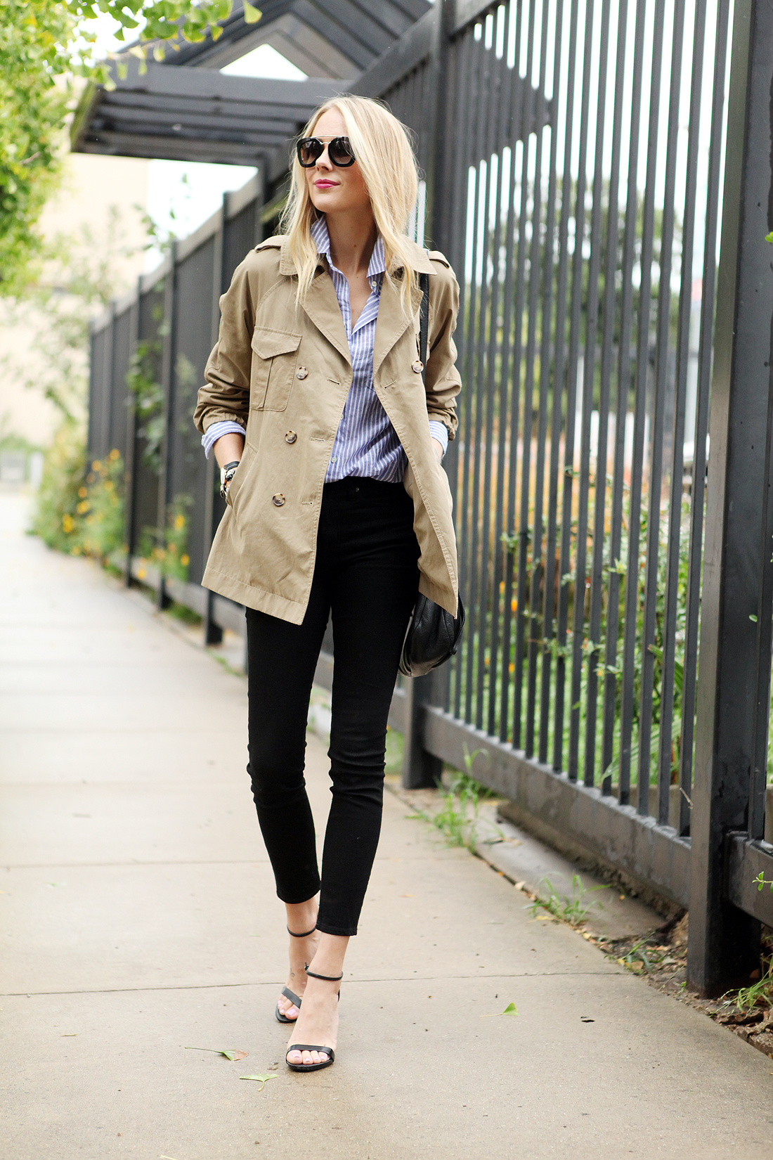 fashion-jackson-cargo-swing-trench-black-skinny-jeans