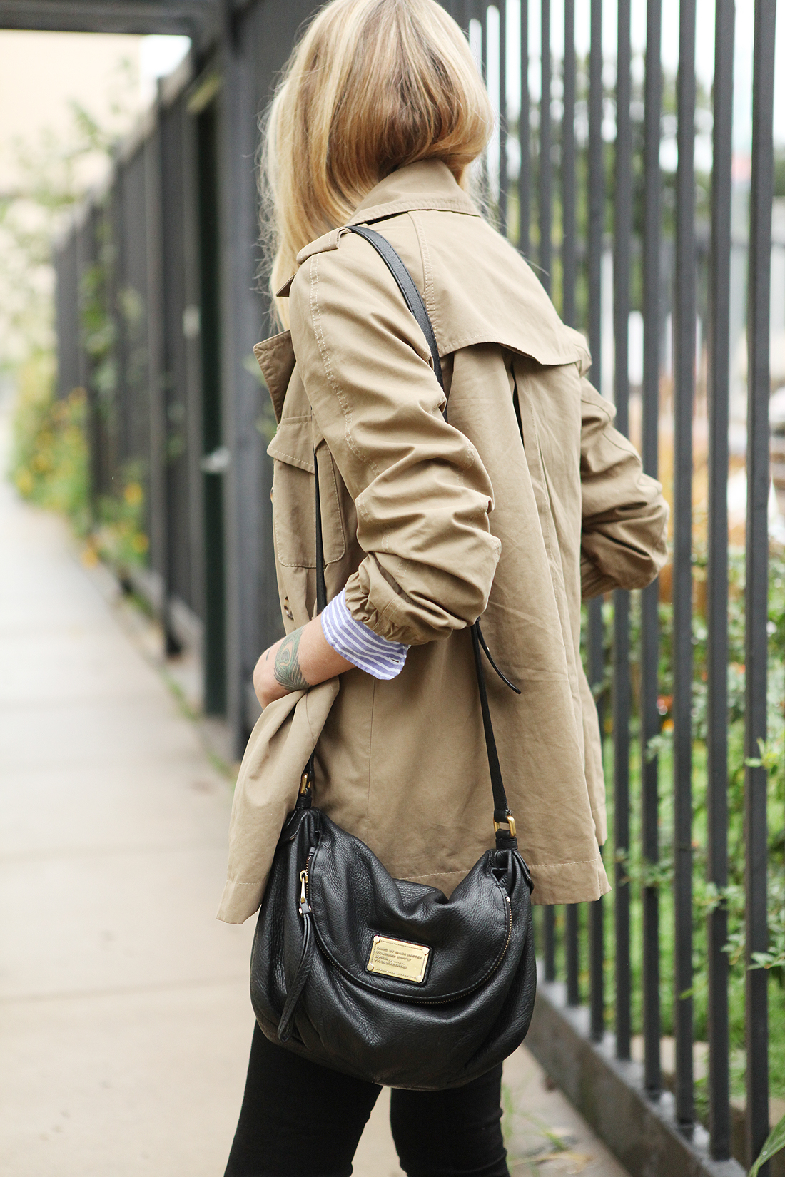 fashion-jackson-cargo-swing-trench-marc-by-marc-jacobs-natasha-handbag