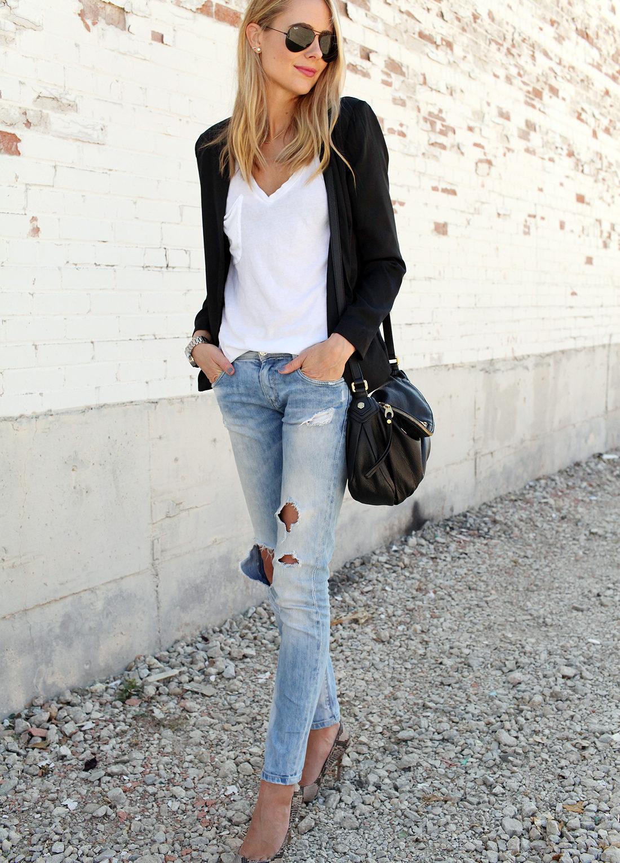 fashion-jackson-tart-gaby-black-blazer-white-tshirt-ripped-jeans-black-aviator-sunglasses-snake-print-pumps