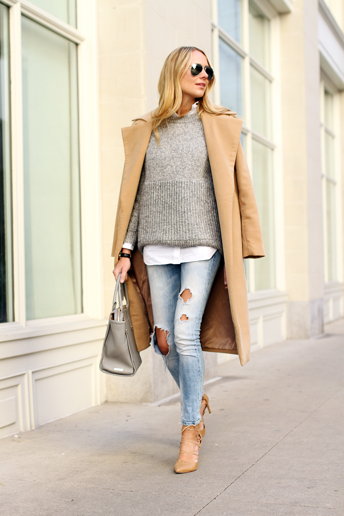 fashion-jackson-camel-coat-grey-sweater-ripped-skinny-jeans-nude-pumps