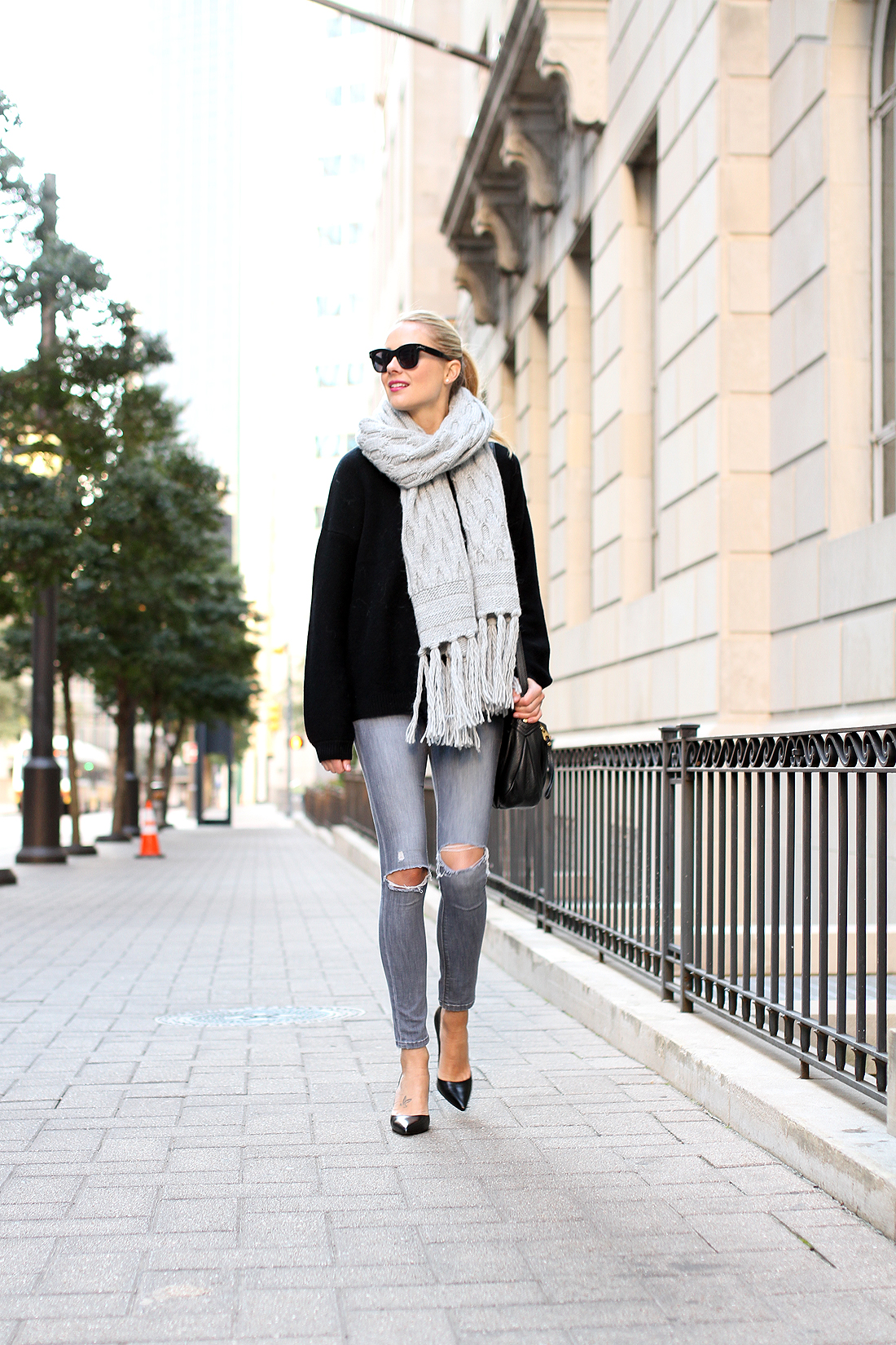 fashion-jackson-celine-sunglasses-banana-republic-grey-fringe-scarf-black-oversized-sweater-grey-ripped-skinny-jeans-black-pumps