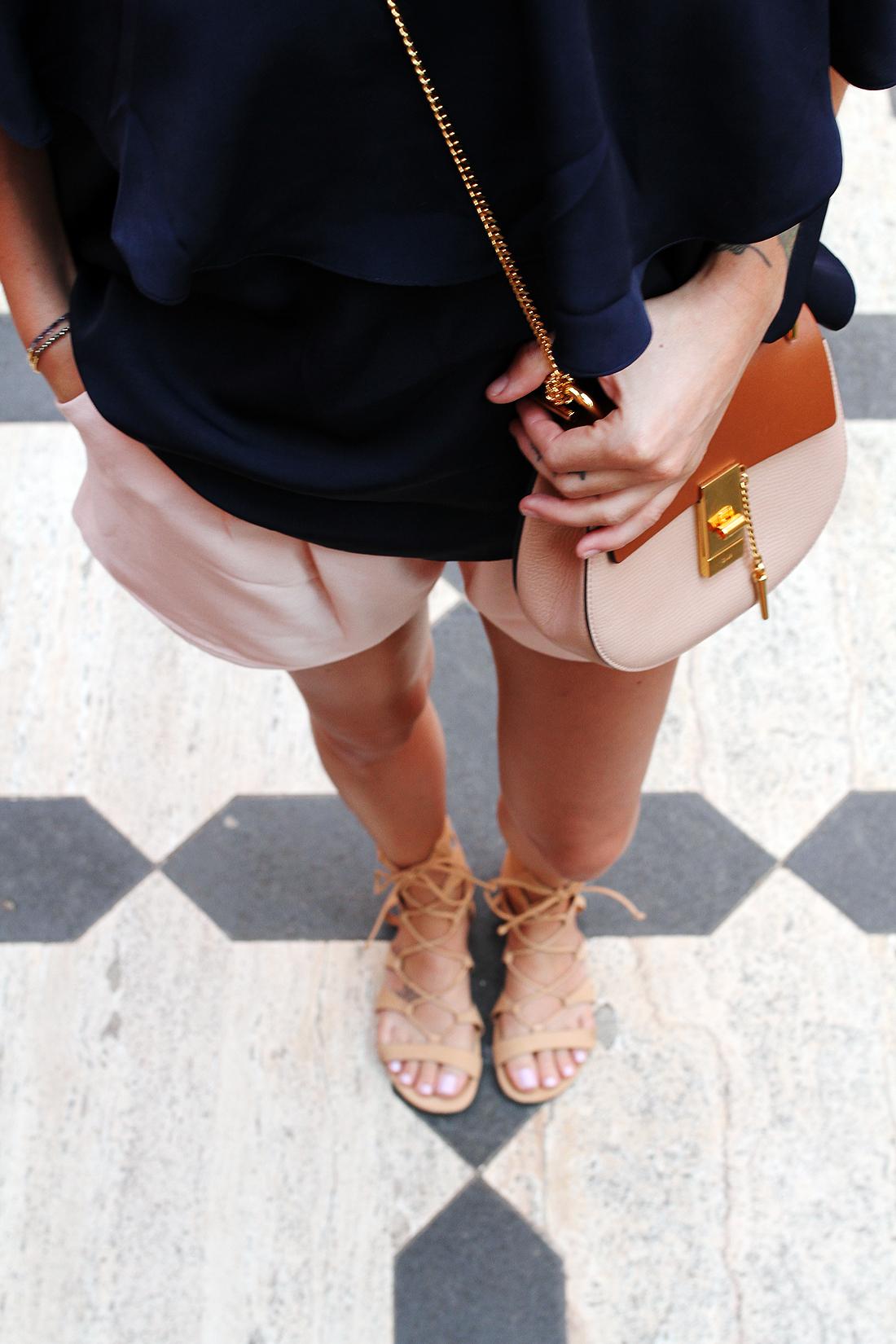fashion-jackson-chloe-drew-colorblock-handbag-schutz-lace-up-gladiator-sandals