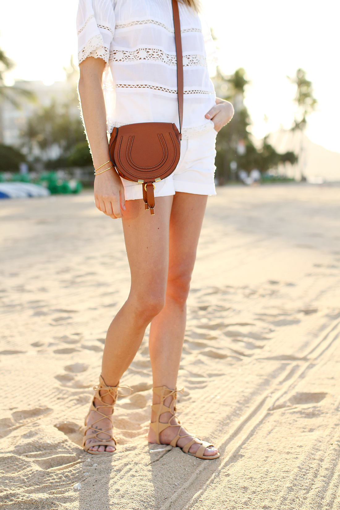fashion-jackson-chloe-marcie-crossbody-tan-white-denim-shorts