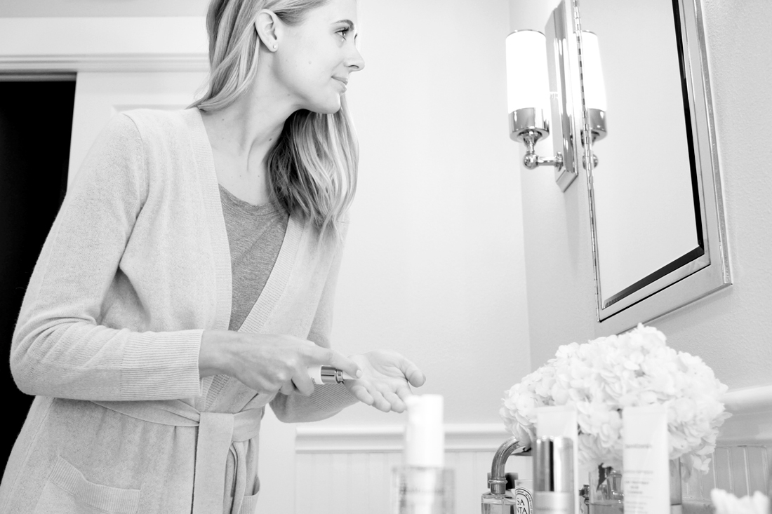 fashion-jackson-bareminerals-skincare-daily-routine