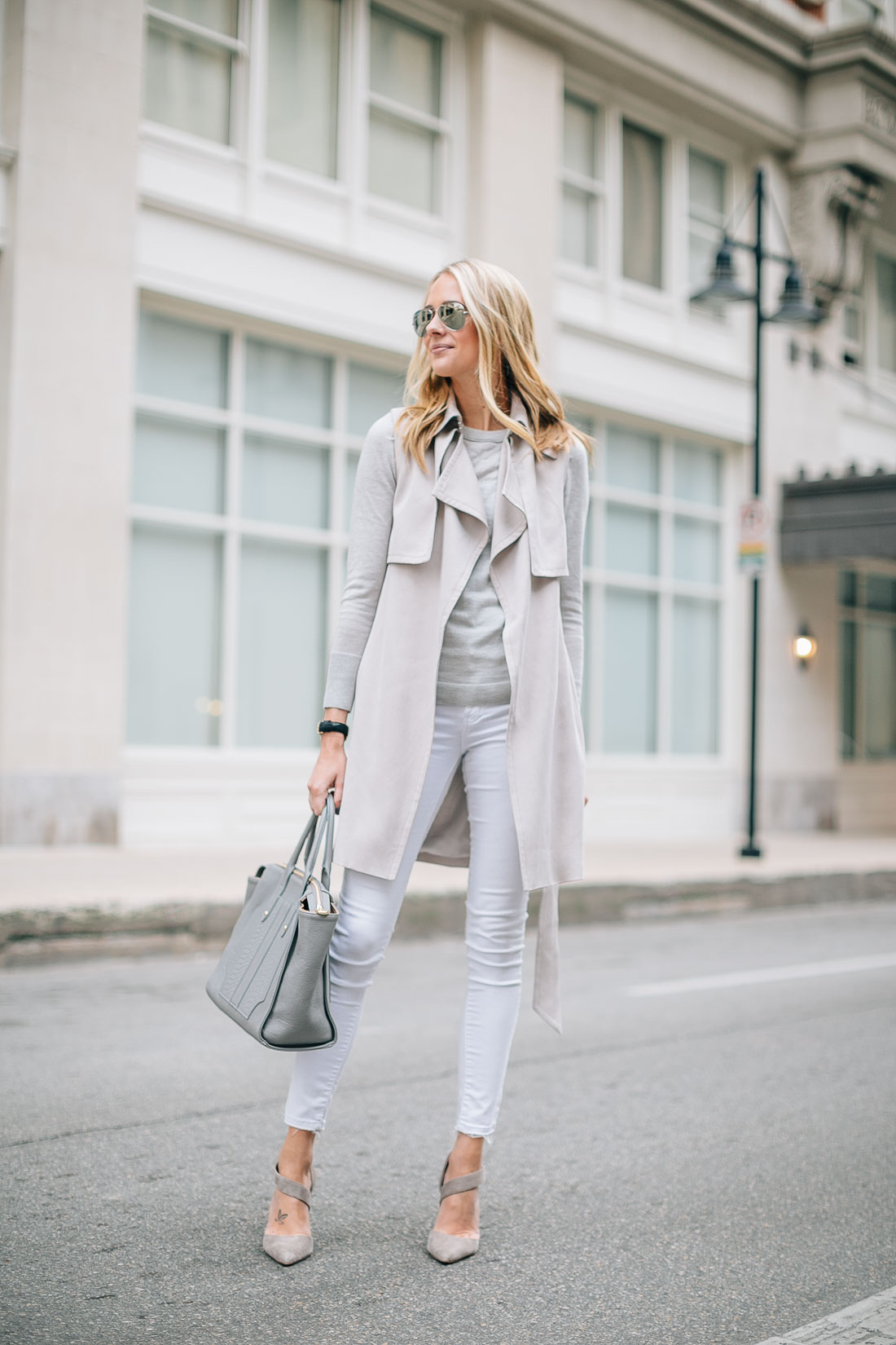 fashion-jackson-club-monaco-trench-vest-white-skinny-jeans-grey-sweater-gigi-new-york-grey-tote