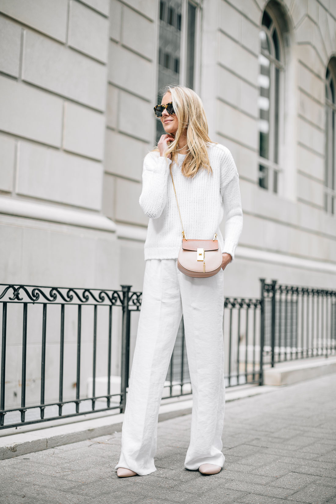 fashion-jackson-loft-springstich-white-sweater-white-wide-leg-pants-pink-flats-chloe-drew-handbag