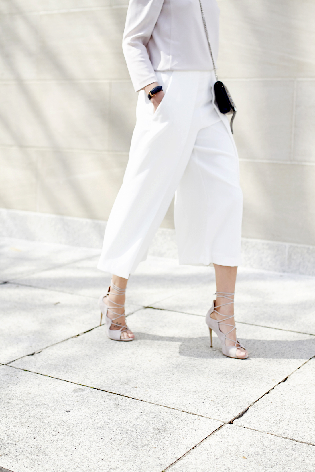 fashion-jackson-white-culottes-mgemi-marea-lace-up-heels