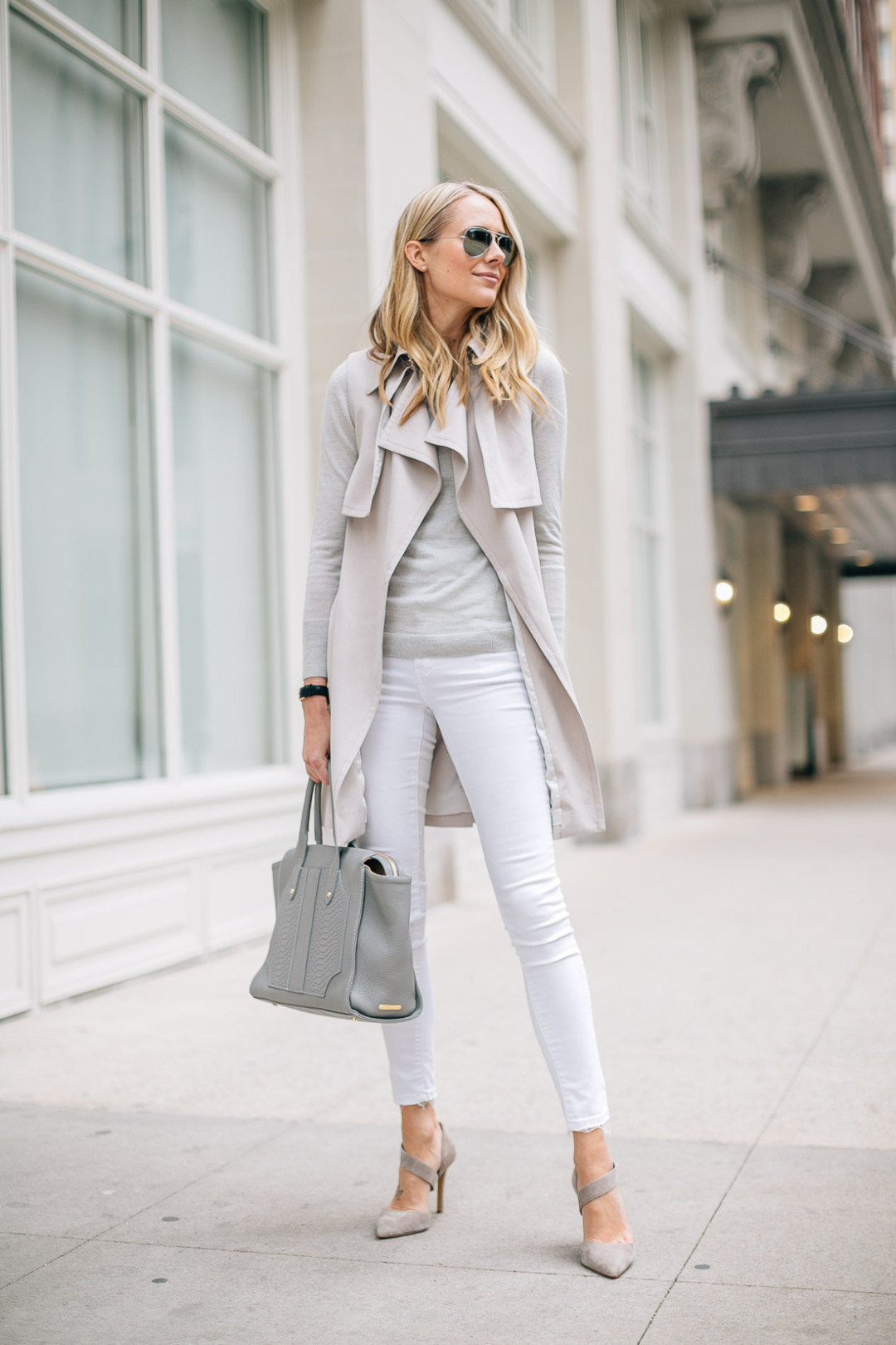 fashion-jackson-white-skinny-jeans-club-monaco-trench-vest-grey-sweater-grey-tote
