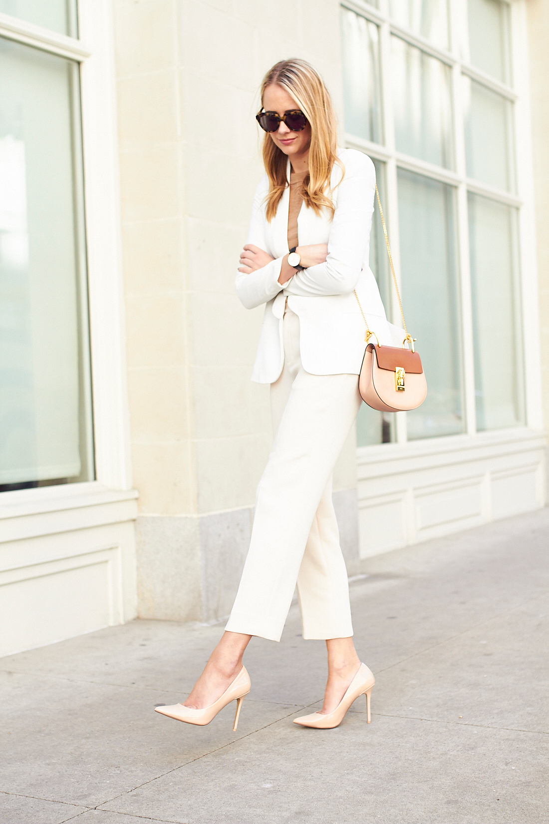 efe4be8d9e9 fashion-jackson-nude-pumps-chloe-drew-handbag-white-
