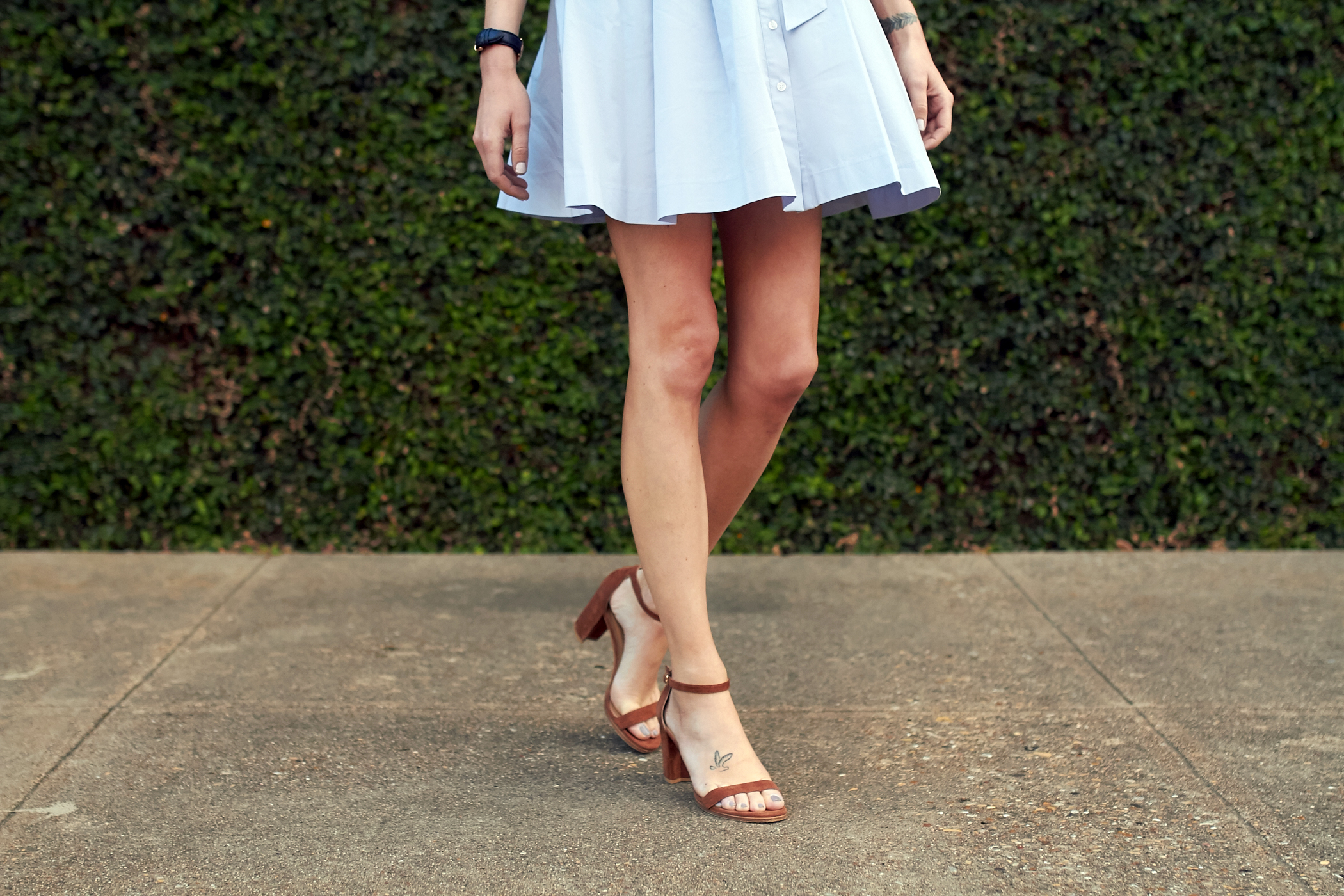 fashion-jackson-stuart-weitzman-nearly-nude-sandals