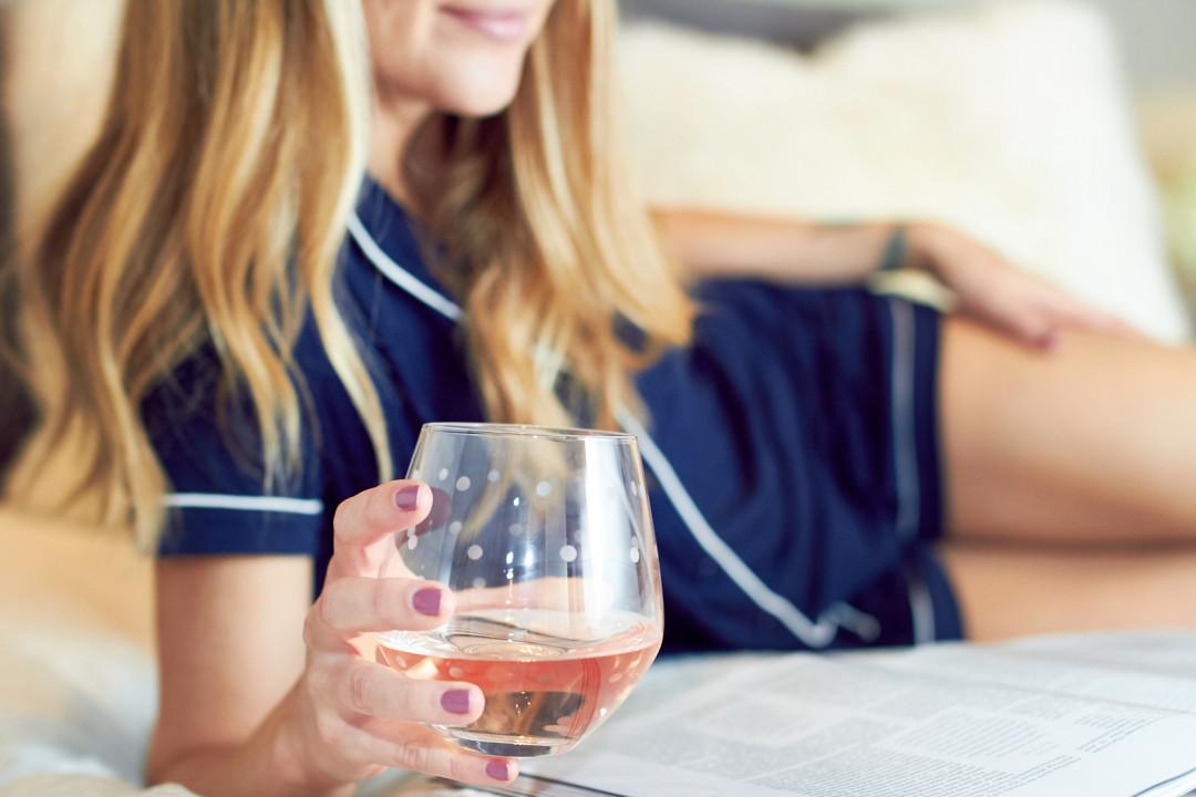 fashion-jackson-kate-spade-wine-glass-kate-spade-pajamas