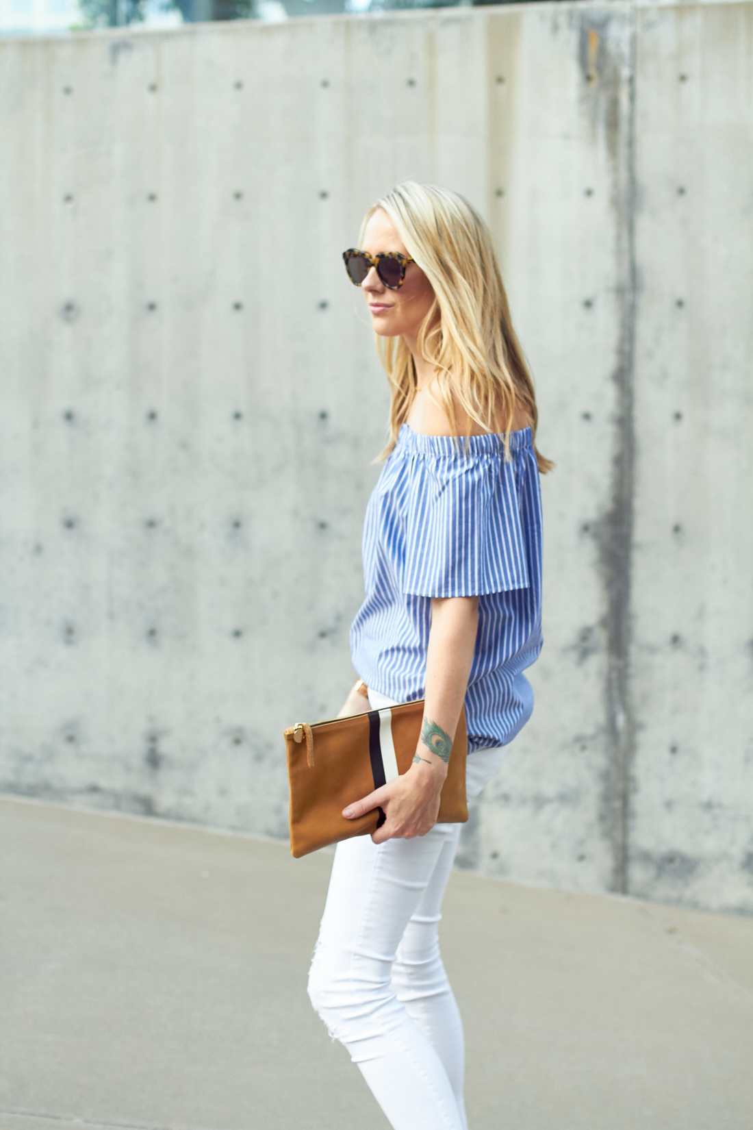 fashion-jackson-banana-republic-blue-stripe-off-the-shoulder-top-white-skinny-jeans-clare-v-clutch-karen-walker-number-one-sunglasses
