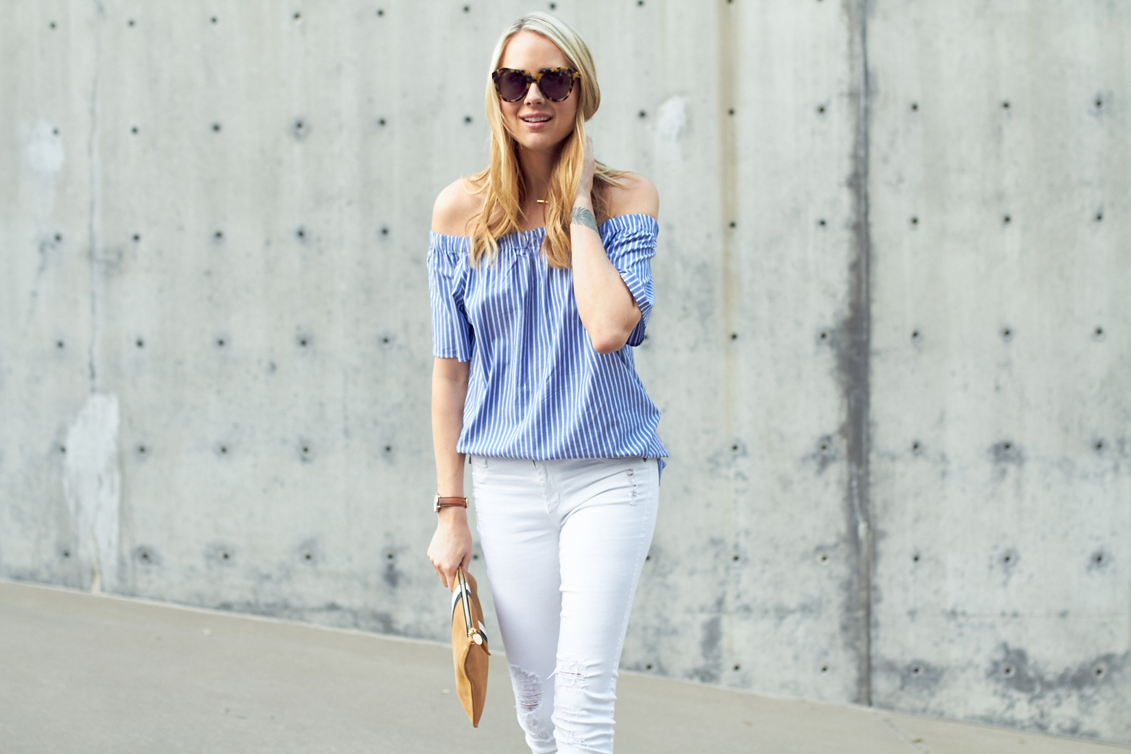 fashion-jackson-banana-republic-blue-stripe-off-the-shoulder-top-white-skinny-jeans-karen-walker-number-one-sunglasses-clare-v-clutch