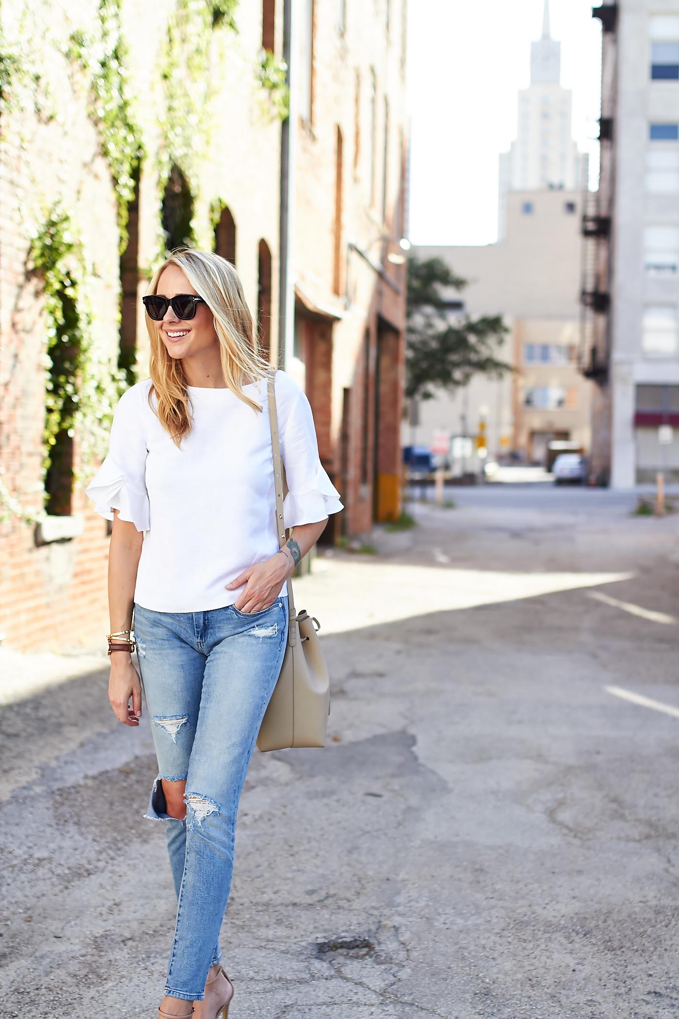fashion-jackson-club-monaco-white-ruffle-sleeve-top-distressed-skinny-jeans-nordstrom-anniversary-sale