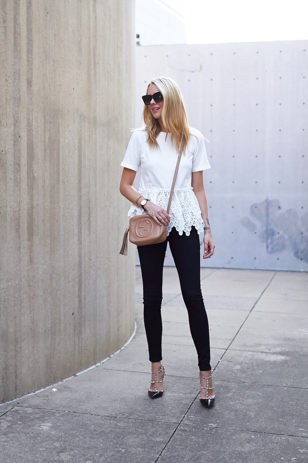 fashion-jackson-valentino-rockstud-pumps-celine-sunglasses-white-lace-tshirt-black-skinny-jeans-valentino-gucci-soho-crossbody