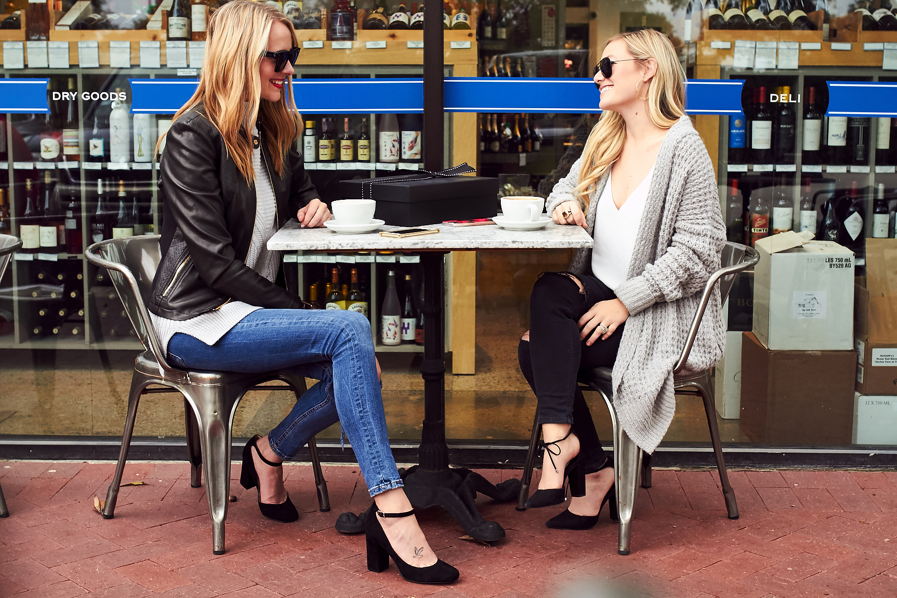 Fall Outfit, Black Leather Jacket, Denim Skinny Jeans, Black Pumps, Coffee Shop