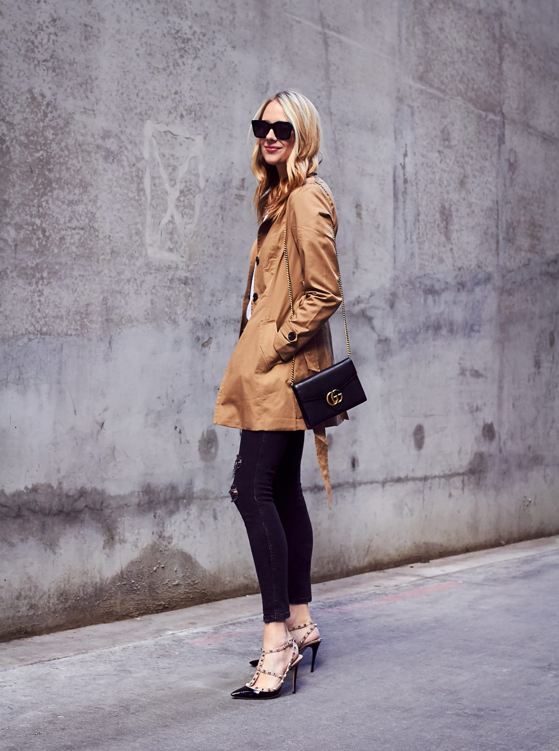 Fall Outfit, Spring Outfit, Trench Coat, Black Ripped Skinny Jeans, Valentino Rockstud Pumps, Gucci Marmont Handbag