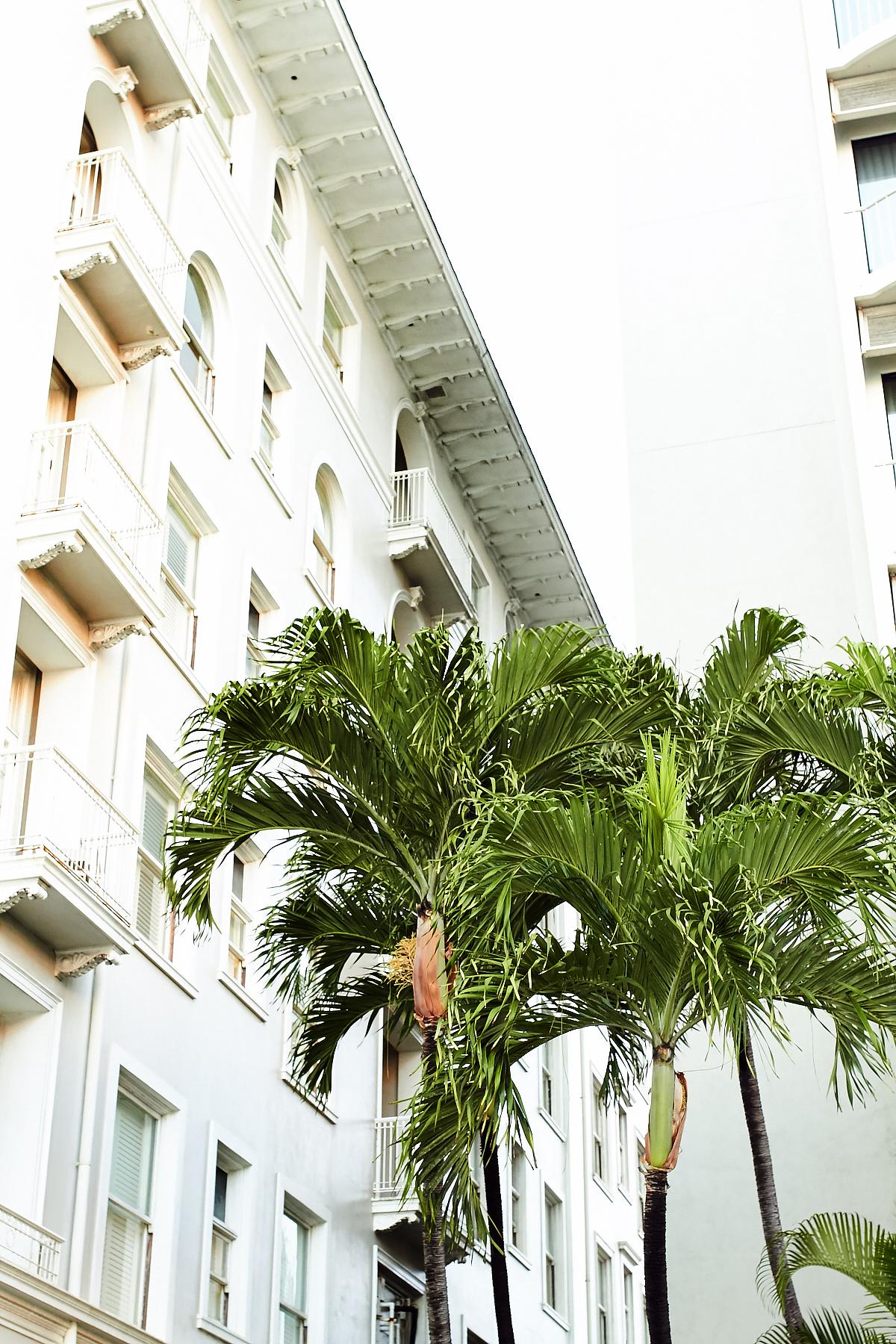 Moana Surfrider Hotel, Waikiki Beach Hawaii