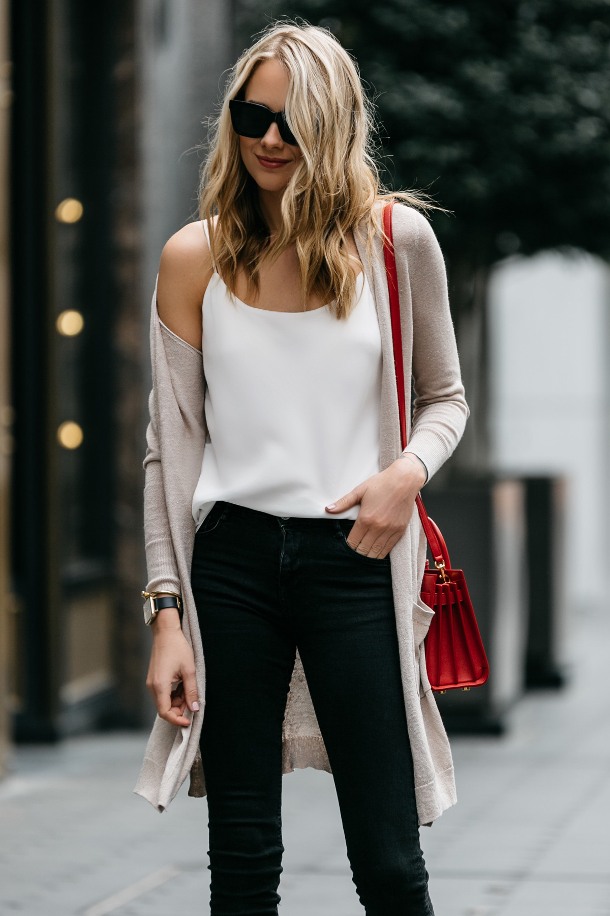 Fashion Jackson, Street Style, Beige Long Cardigan, Club Monaco White Cami, Black Skinny Jeans, Saint Laurent Nano Sac De Jour Red