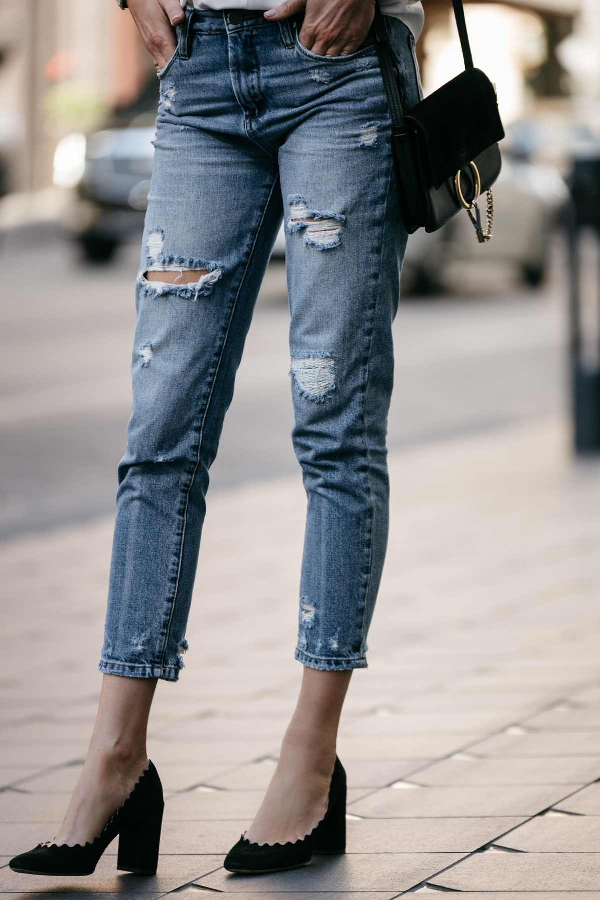 Fashion Jackson, Dallas Blogger, Fashion Blogger, Street Style, BlankNYC Ripped Denim Mom Jeans, Chloe Lauren Scalloped Pumps, Chloe Faye Handbag