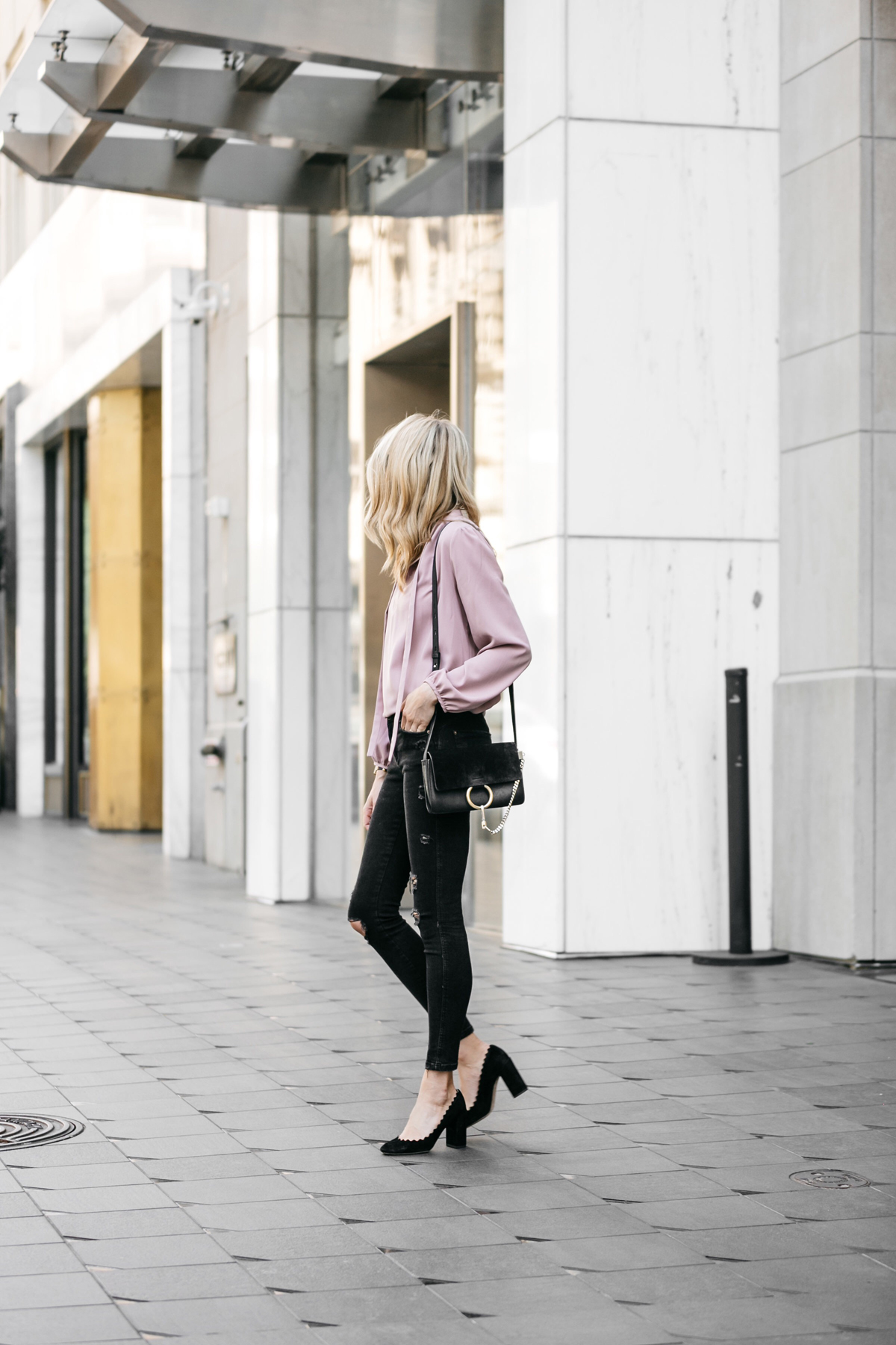 Fashion Jackson, Dallas Blogger, Fashion Blogger, Street Style, Pink Tie Front Top, Zara Black Ripped Skinny Jeans, Black Scalloped Pumps, Chloe Lauren Black Pumps, Chloe Faye Handbag
