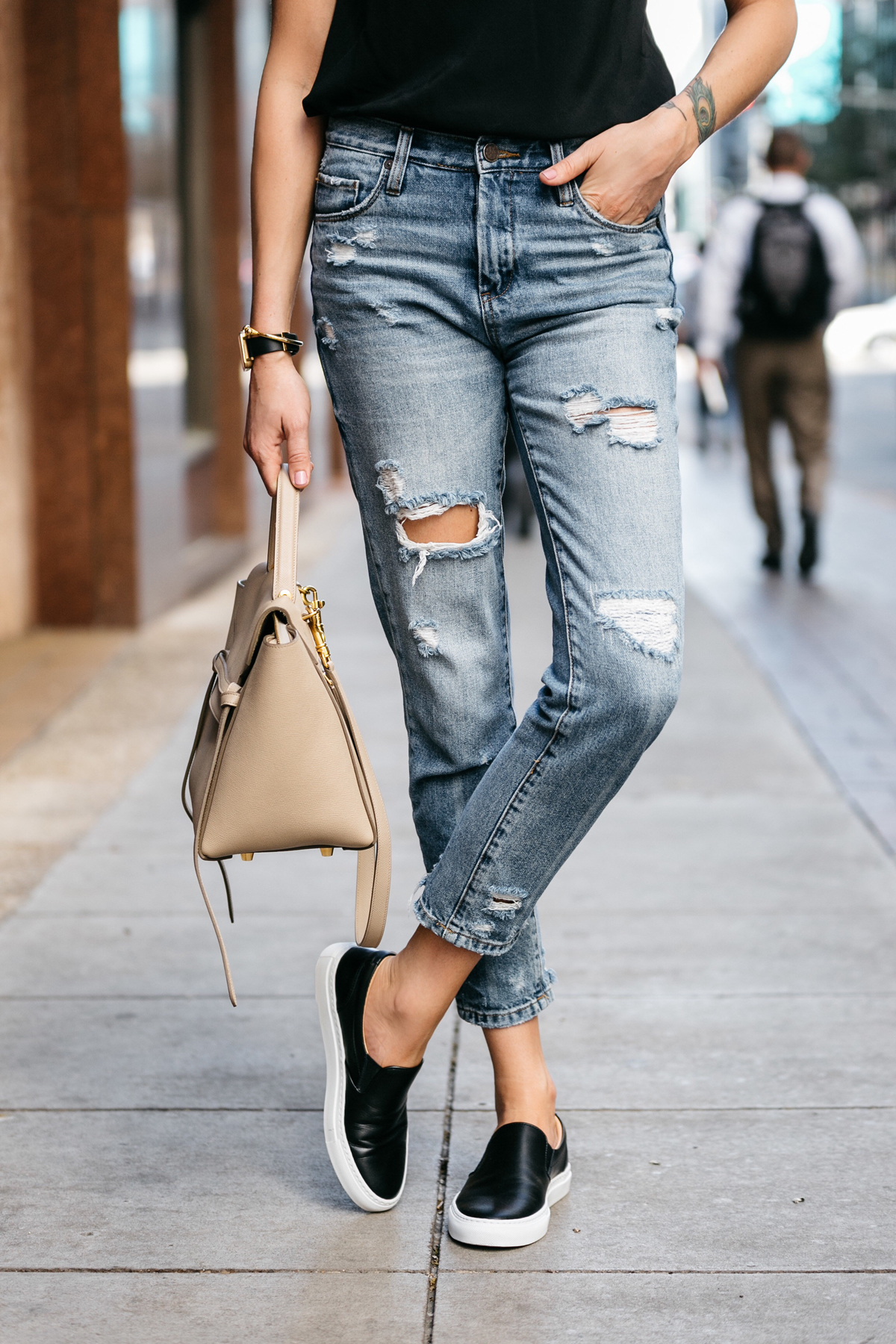 Fashion Jackson, Dallas Blogger, Fashion Blogger, Street Style, Blanknyc Ms Throwback Denim Ripped Relaxed Jeans, Celine Belt Bag, Greats The Wooster Sneaker, Black Slip-On Sneakers