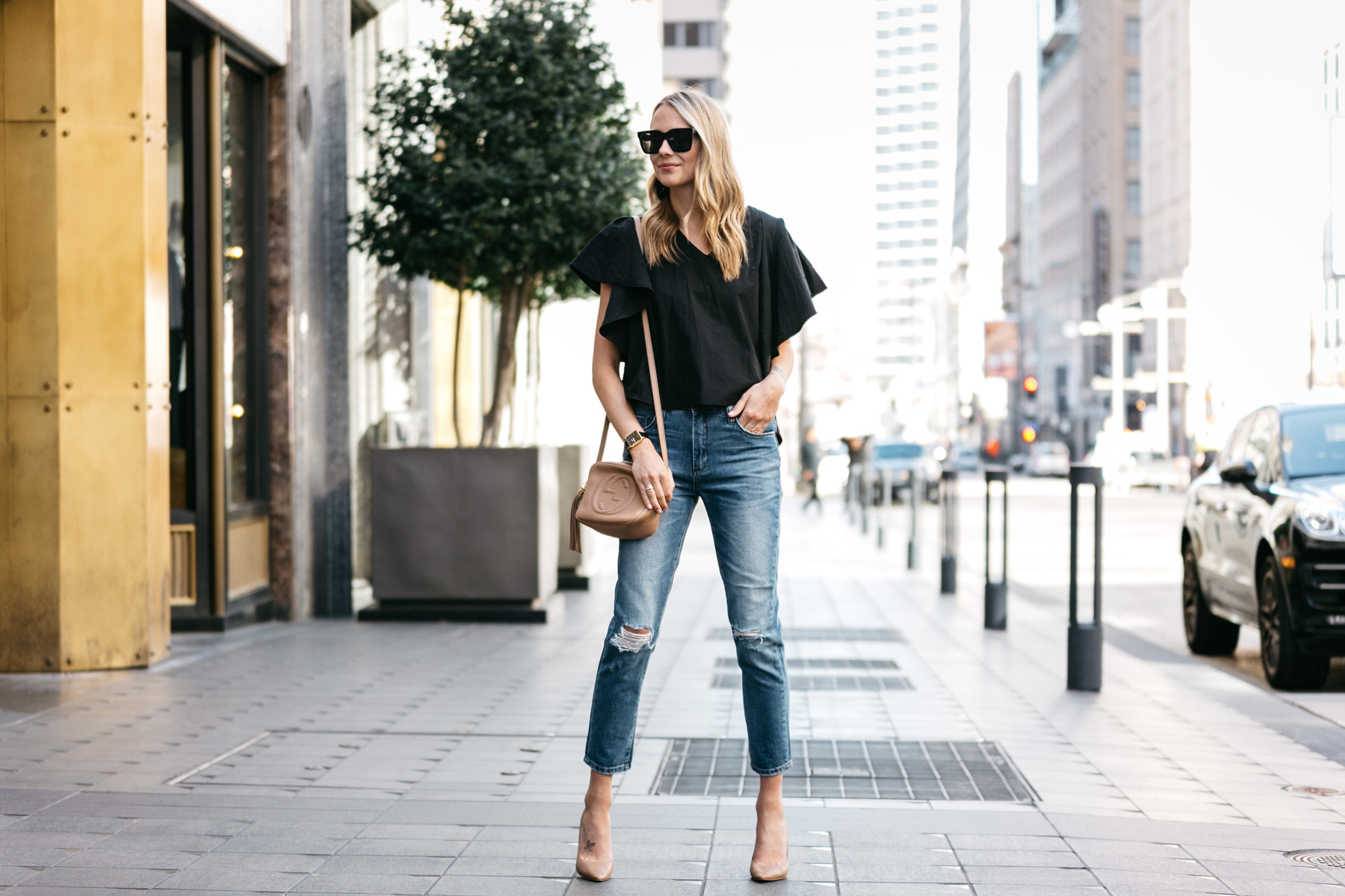 Black Ruffle Sleeve Top, Ripped Skinny Crop Jeans, Gucci Soho Disco Handbag, Nude Pumps