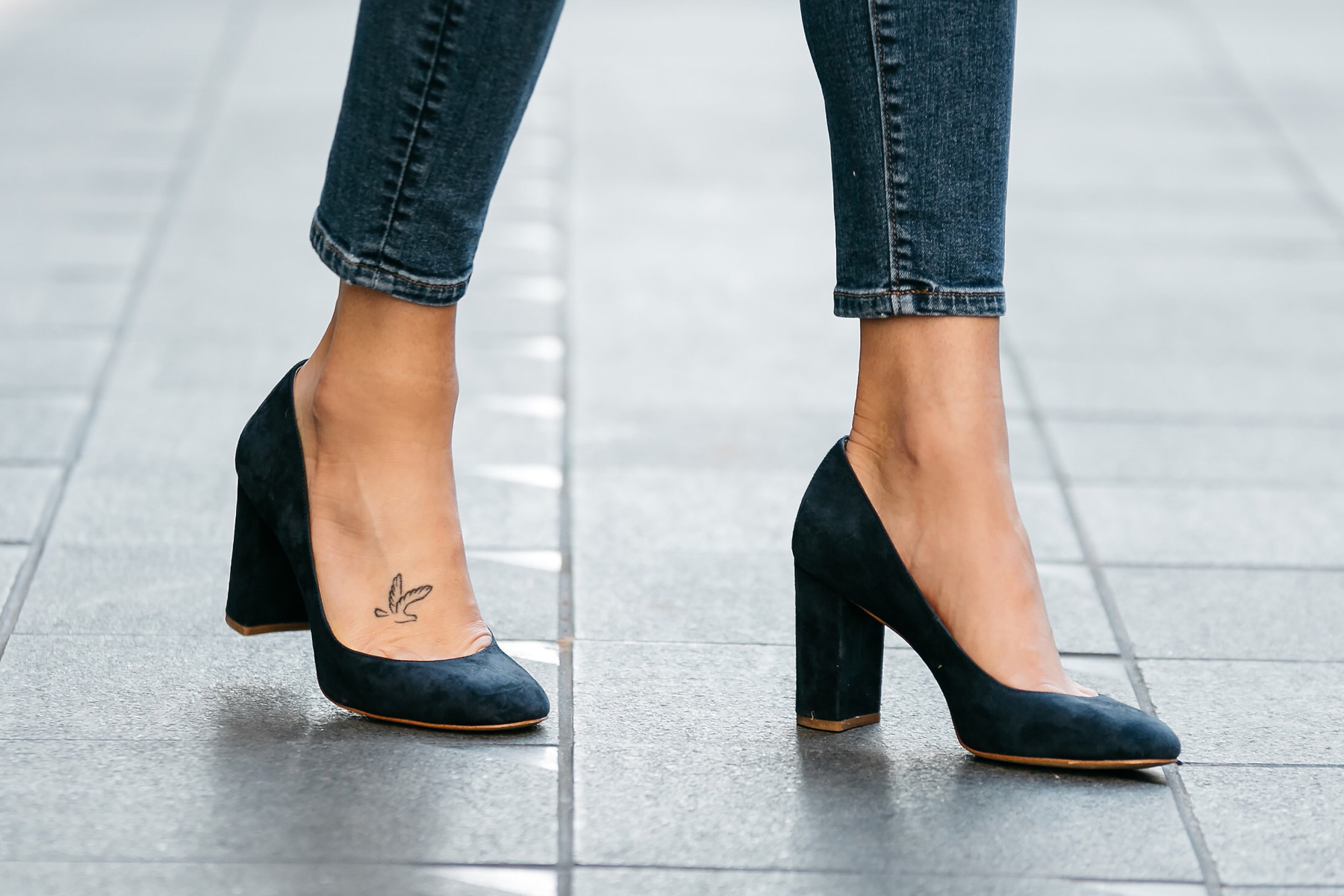 Fashion Jackson, Dallas Blogger, Fashion Blogger, Street Style, Ann Taylor Navy Suede Block Heel Pumps