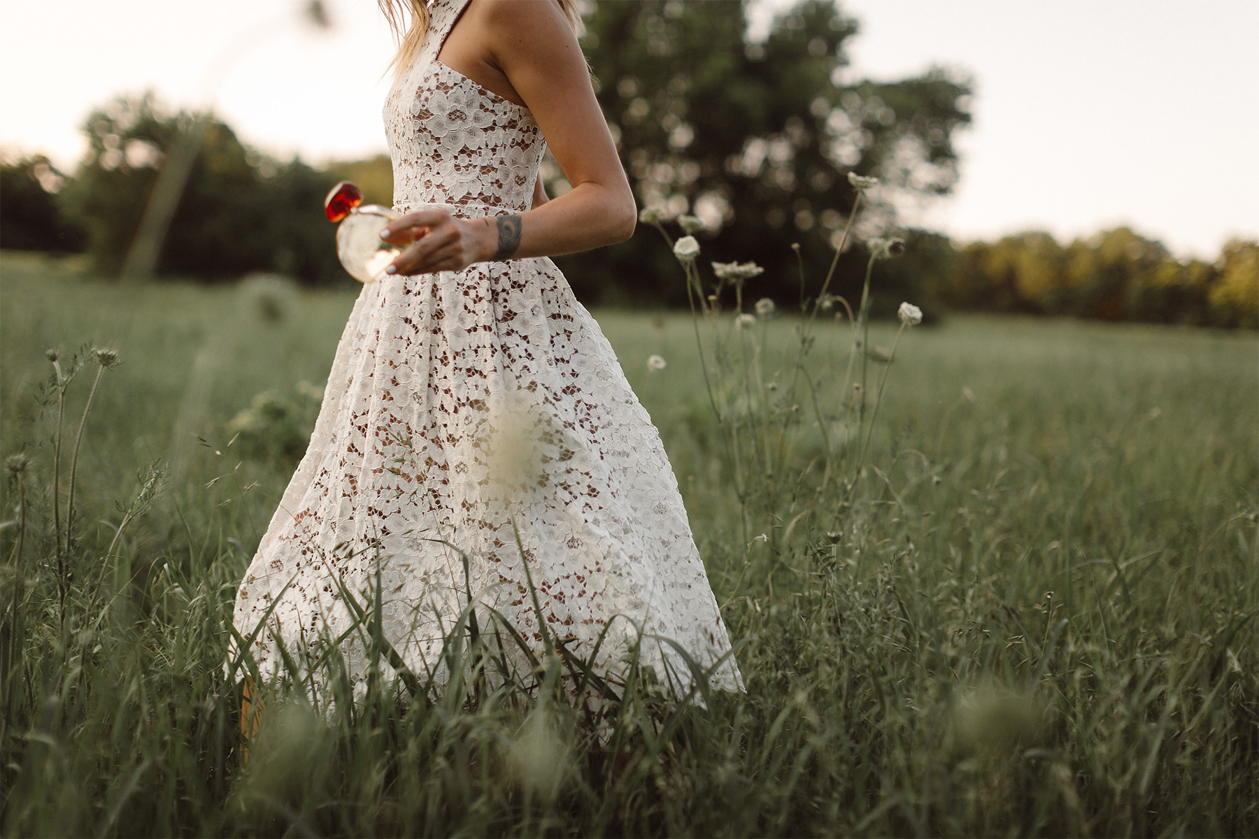 Fashion Jackson, Dallas Blogger, Fashion Blogger, Beauty Blogger, L'Occitane Terre de Lumiere Parfum, White Lace Dress
