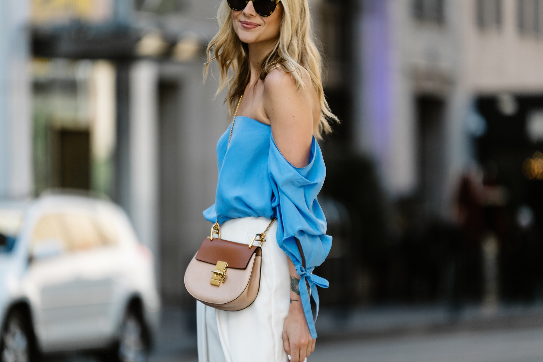 Fashion Jackson, Dallas Blogger, Fashion Blogger, Street Style, Club Monaco Liki Top, Blue Off-the-Shoulder Top, White Culottes, Chloe Drew Handbag