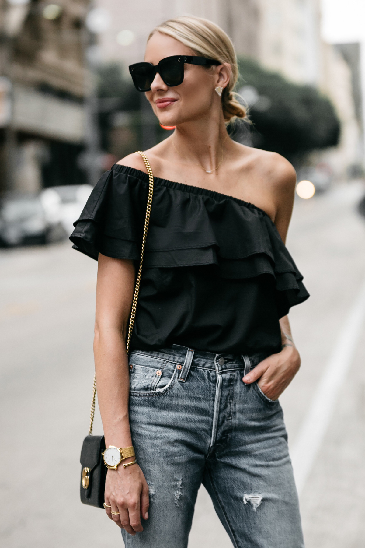Blonde Woman wearing nordstrom black one shoulder ruffle top street style dallas blogger fashion blogger