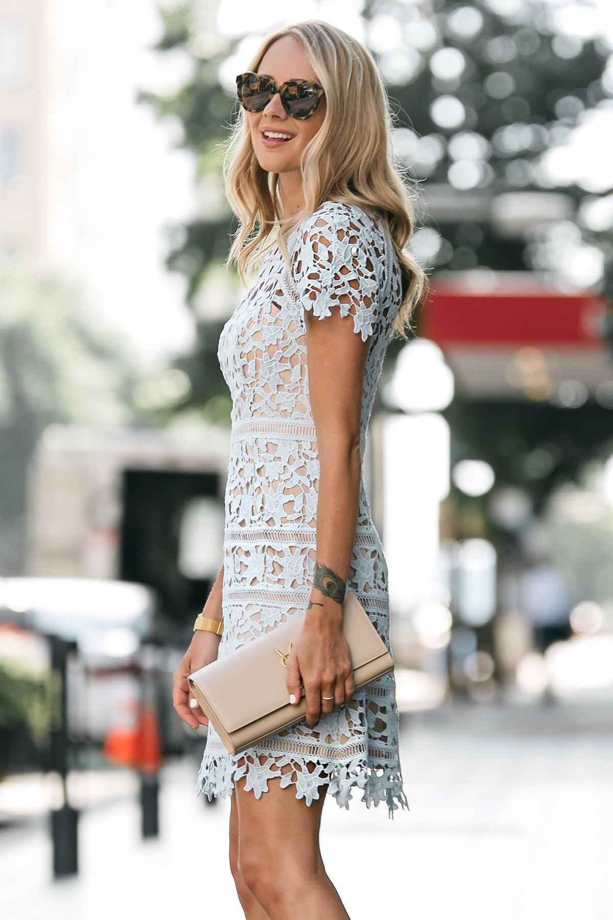 Blonde Woman Wearing Nordstrom Short Sleeve Blue Lace Dress