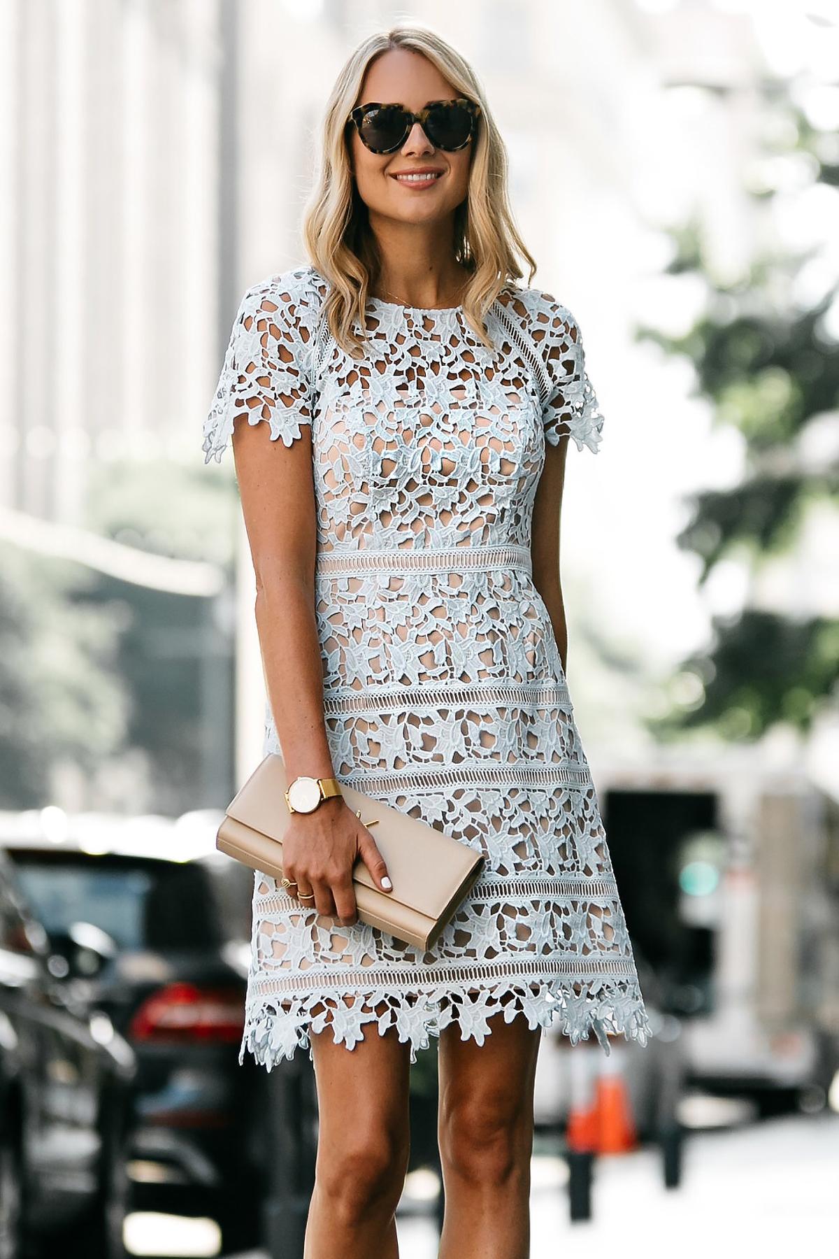 Blonde Woman Wearing Nordstrom Short Sleeve Blue Lace Dress