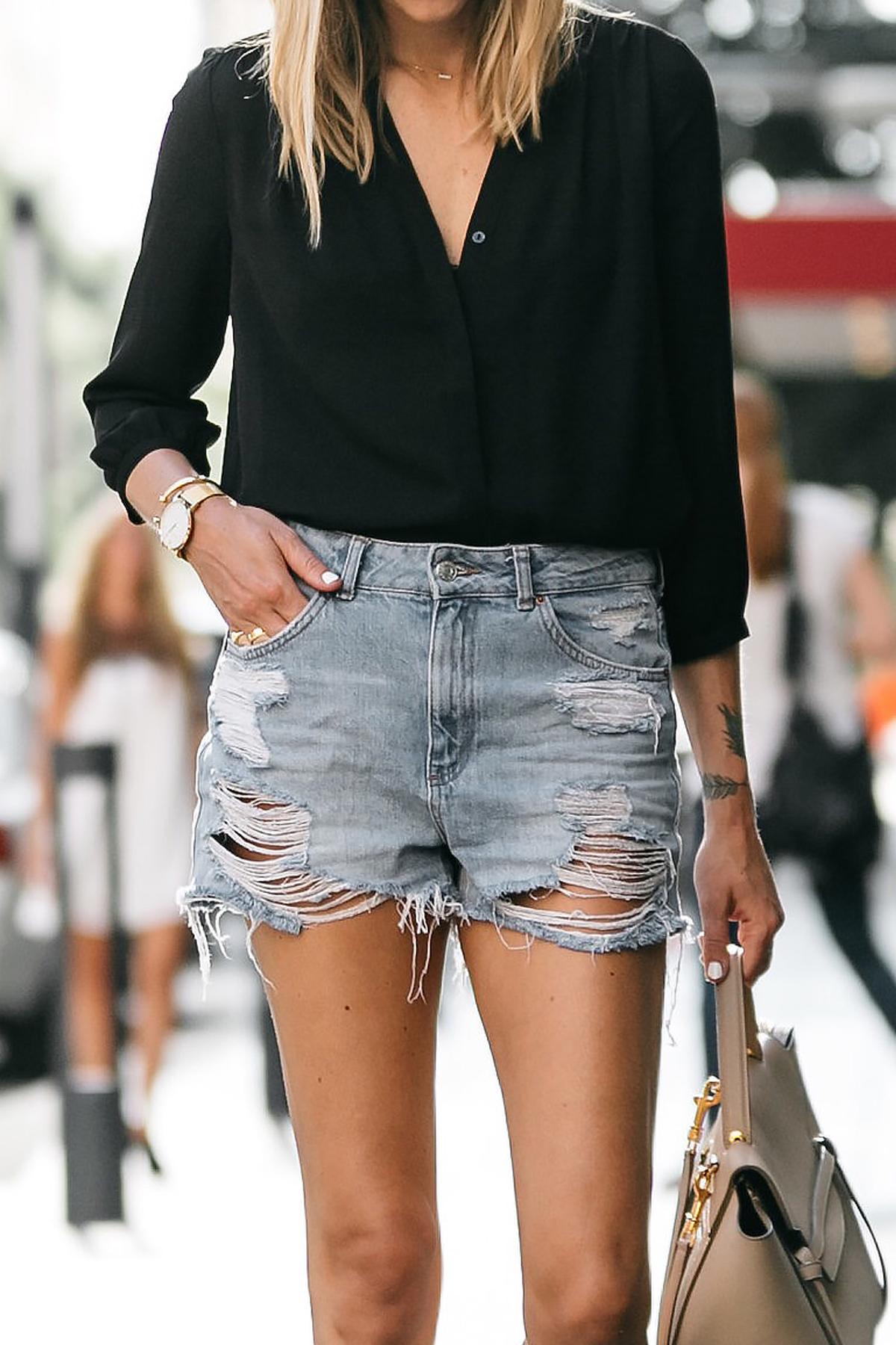 Nodstrom Black Long Sleeve Button Down Blouse Topshop Denim Ripped Mom Shorts Outfit Celine Belt Bag Fashion Jackson Dallas Blogger Fashion Blogger Street Style