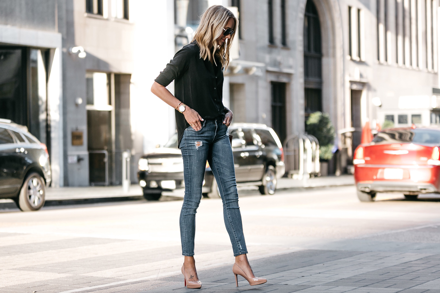 Blonde Wearing Everlane Black Button Up Shirt Denim Skinny Jeans Outfit Christian Louboutin Nude Pumps Fashion Jackson Dallas Blogger Fashion Blogger Street Style