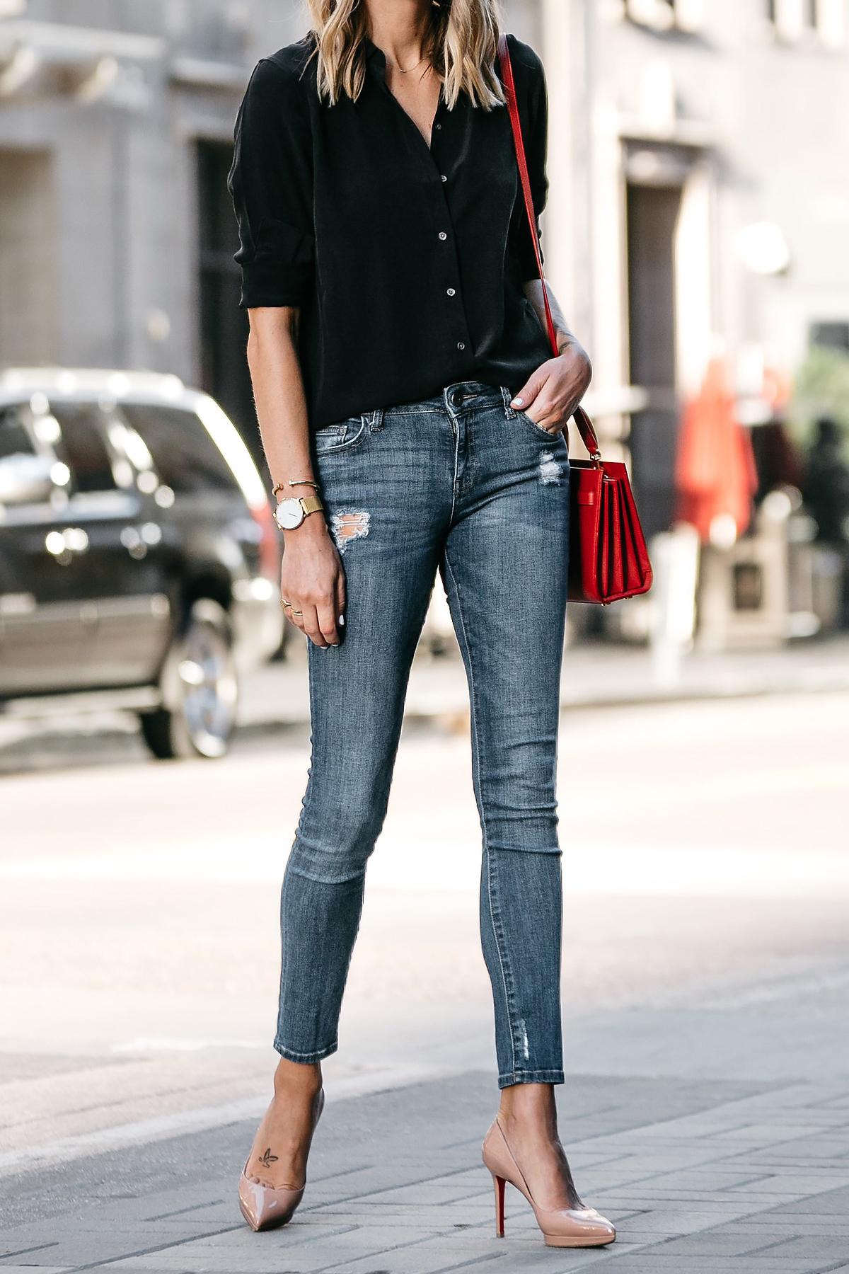 Everlane Black Button Up Shirt Denim Skinny Jeans Outfit Christian Louboutin Nude Pumps Red Handbag Fashion Jackson Dallas Blogger Fashion Blogger Street Style