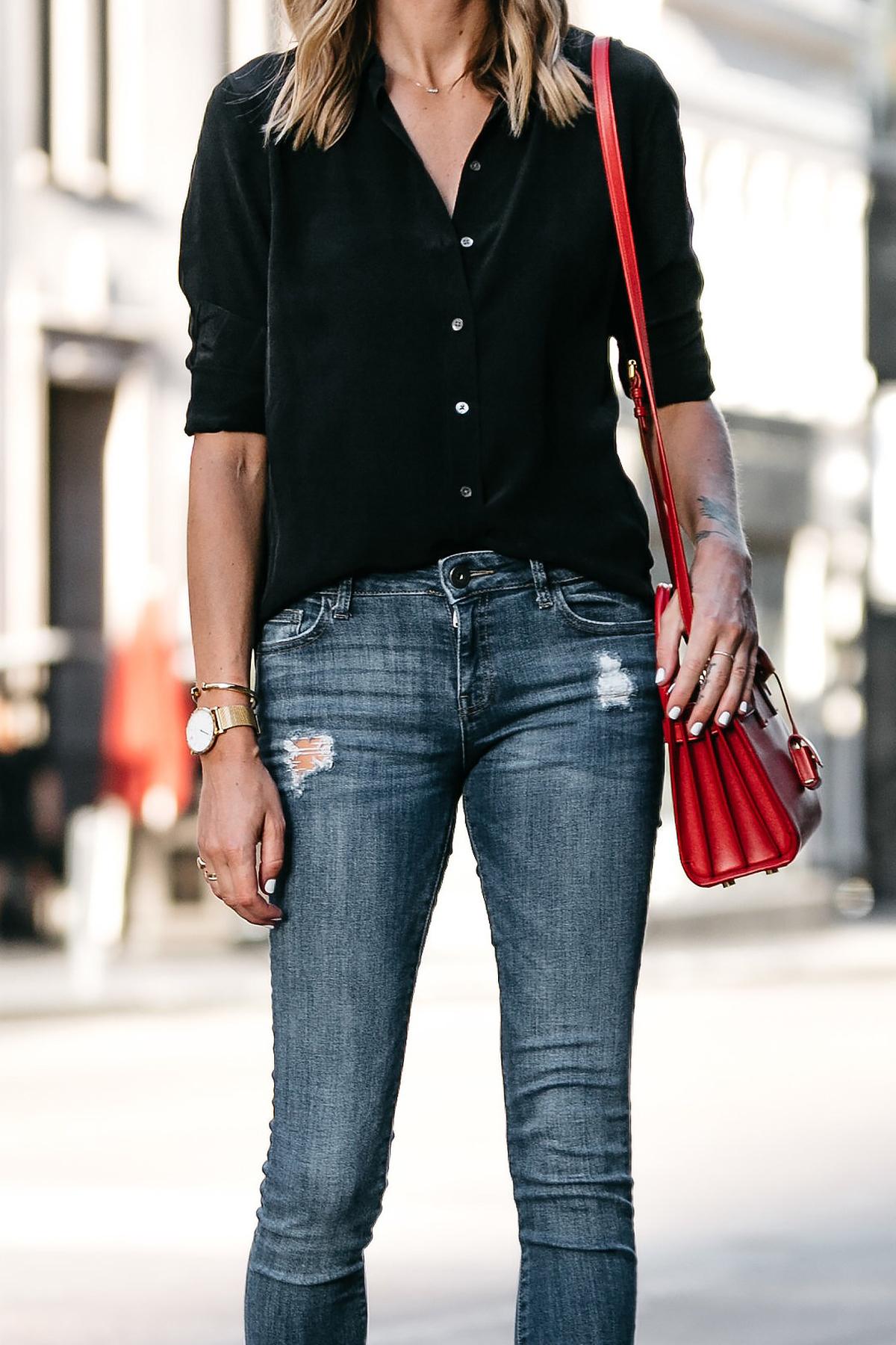 Everlane Black Button Up Shirt Denim Skinny Jeans Red Handbag Fashion Jackson Dallas Blogger Fashion Blogger Street Style