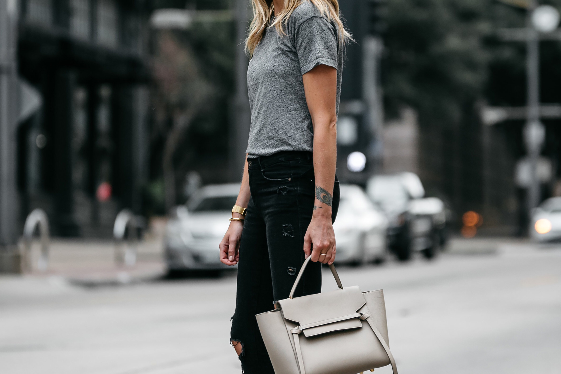 Madewell grey tshirt zara black ripped skinny jeans outfit celine belt bag street style dallas blogger fashion blogger